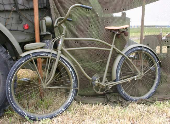 Military Bicycles Military Vehicles Pinterest Bicycling