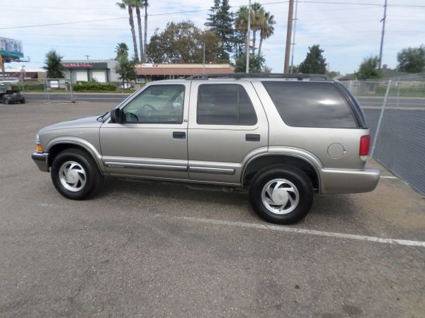 Suv For Sale 2000 Chevrolet Blazer In Lodi Stockton Ca Chevrolet Blazer Chevrolet Suv For Sale