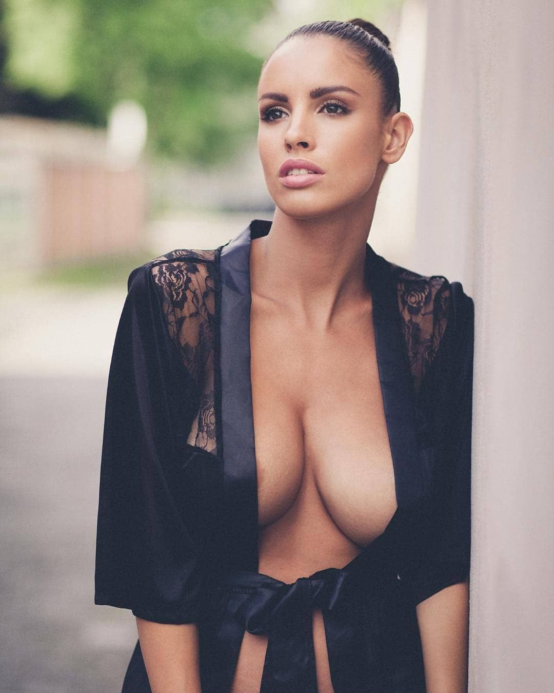 Luciajavorcekova Sexy Brunette
