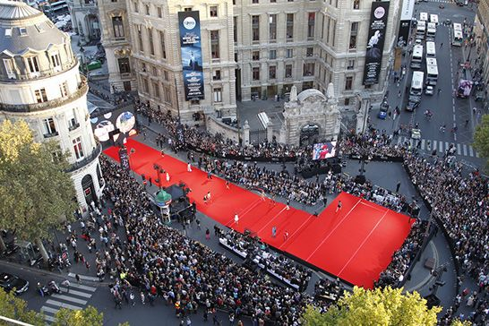 Third Edition Of The Great Fashion Show Of Galeries Lafayette Galeries Lafayette Fashion Show Paris Shows