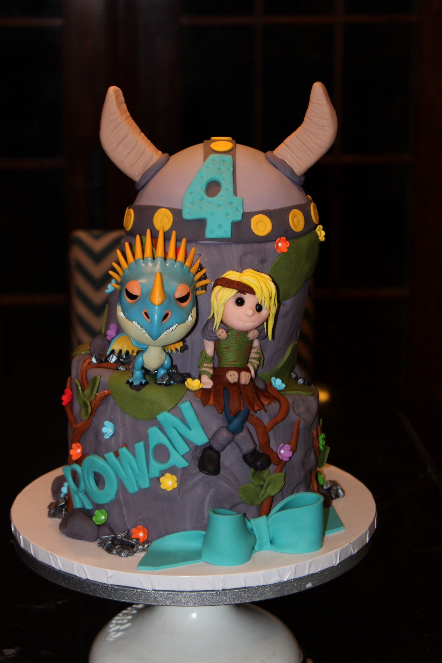 How to train your dragon all fondant except dragon viking hat how to train your dragon all fondant except dragon viking hat birthday cake designed by nettiecakes ccuart Choice Image