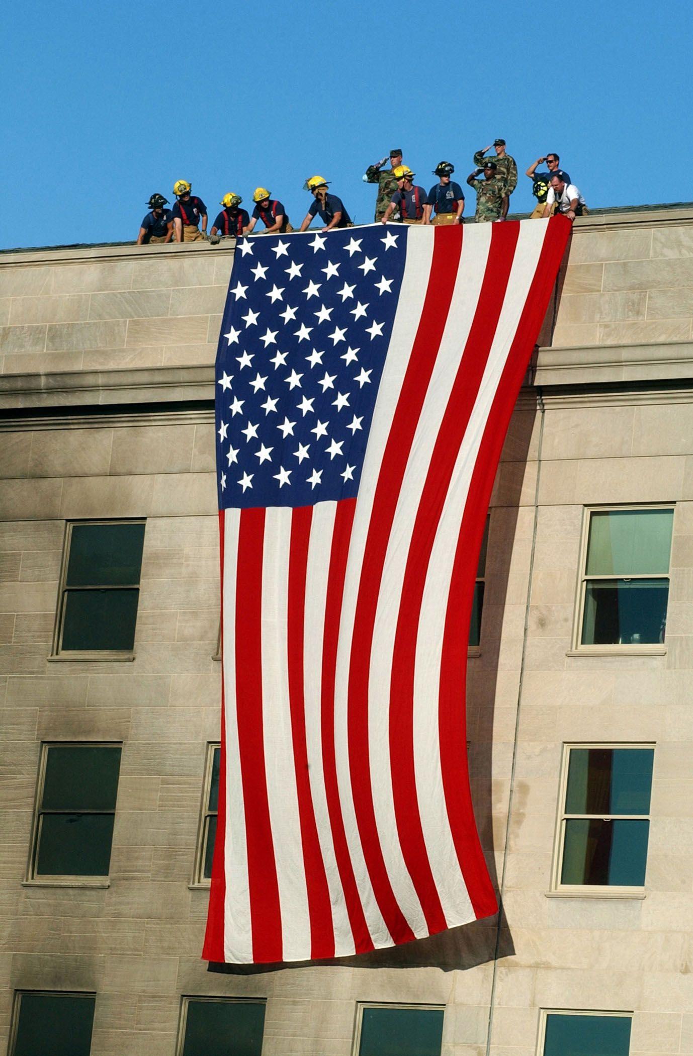 Flag On The Pentagon After 9 11 I Love America Flag American Flag