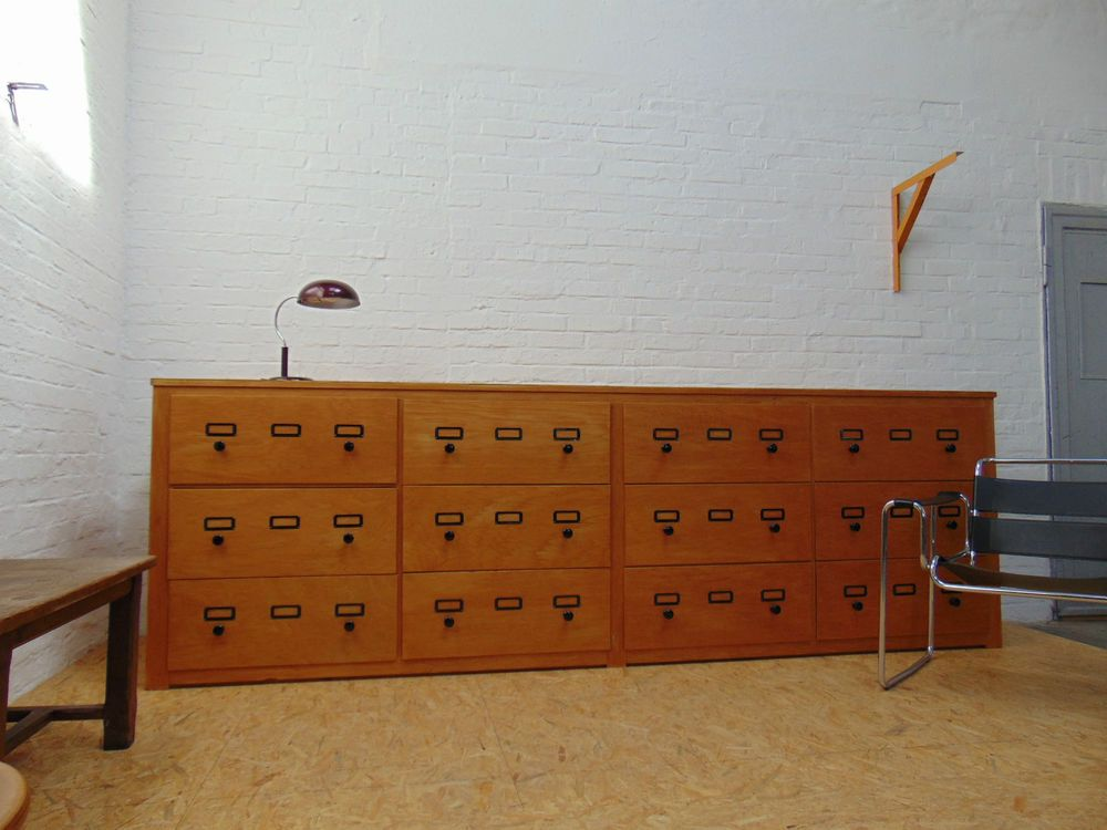 CLASSIC-BUREAU ++ Druckerei Schubladenschrank um 1950 Sideboard