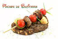Originales Brochetas de butifarra y tomates cherry. ¡deliciosa receta de cocina!