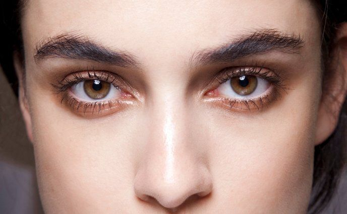You're Filling In Your Eyebrows All Wrong #eyebrowstutorial