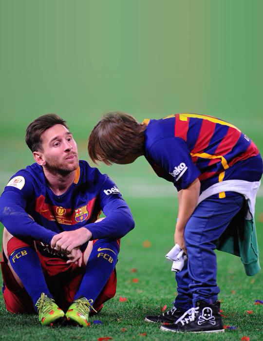 Account Suspended Lionel messi, Lionel messi family, Messi
