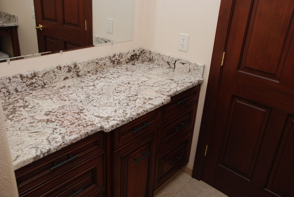 Bianco Antico Granite Countertop Photo Gallery | Alpha StoneWorks |  Http://alphastoneworks.