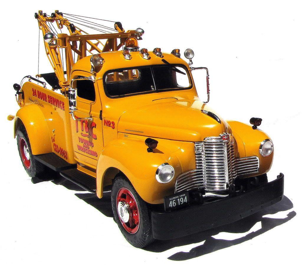 International harvester wrecker yellow cars pinterest d panneuse v hicules et engin - Moissonneuse cars ...