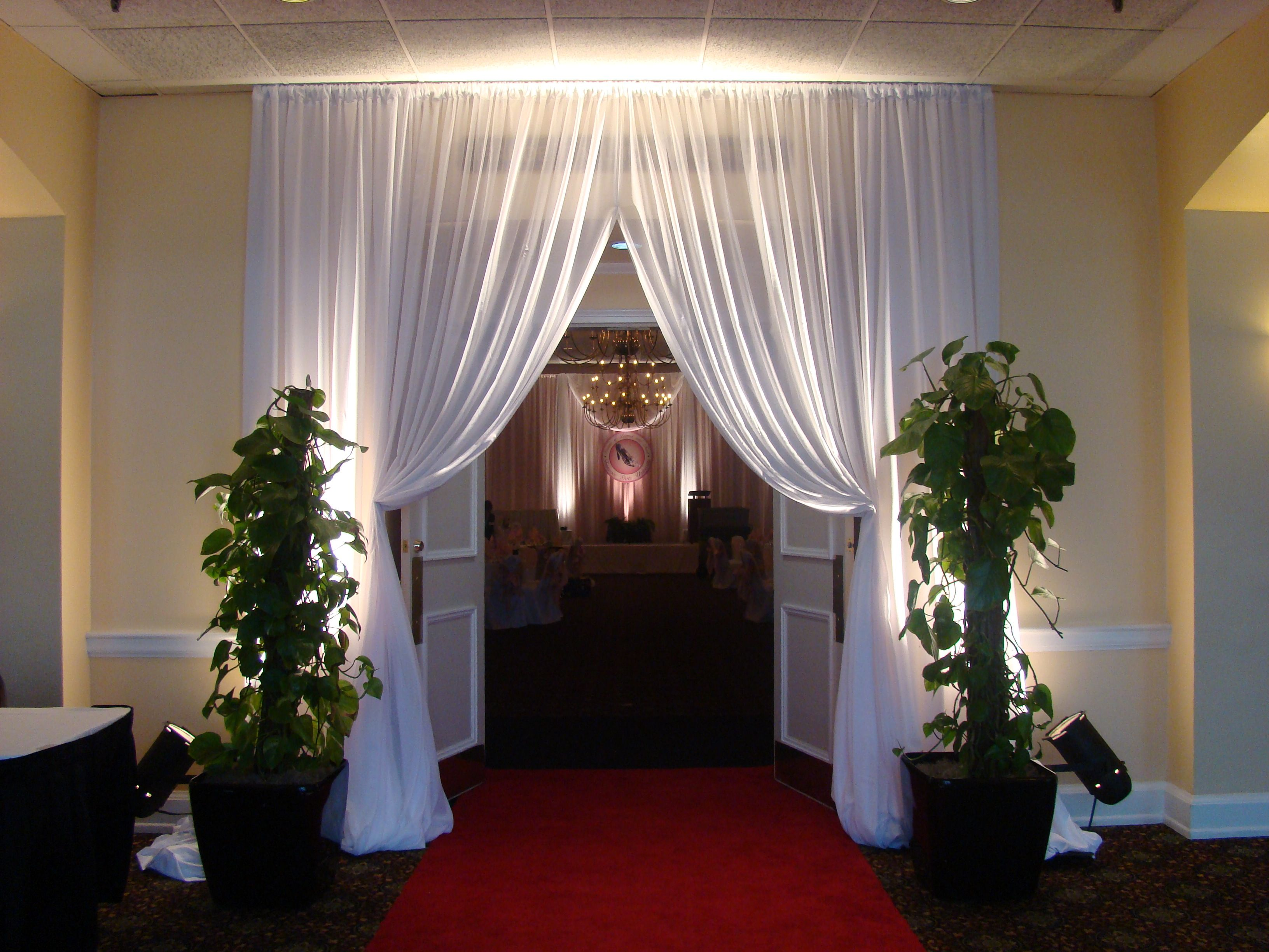 drape full deckci ceiling at decor and by package draping airport covers chair marriot pipe hollywood pin drapes room
