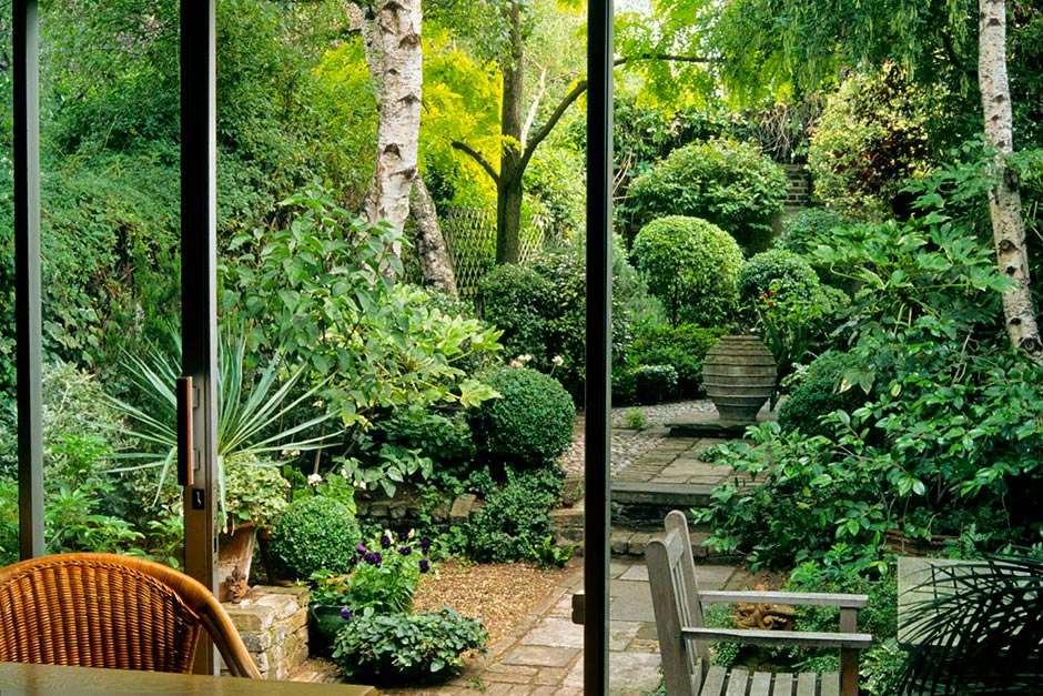 Woodland garden design ideas / RHS Gardening Garden design