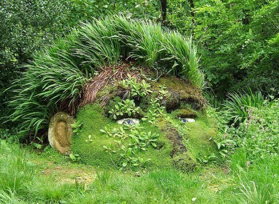 Garden Art     #creative #original #trend #finsahome #beautiful #decoration #cool #decor #garden #idea #art