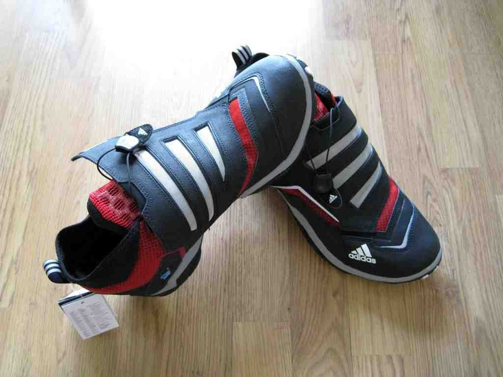 adidas mountain bike shoes