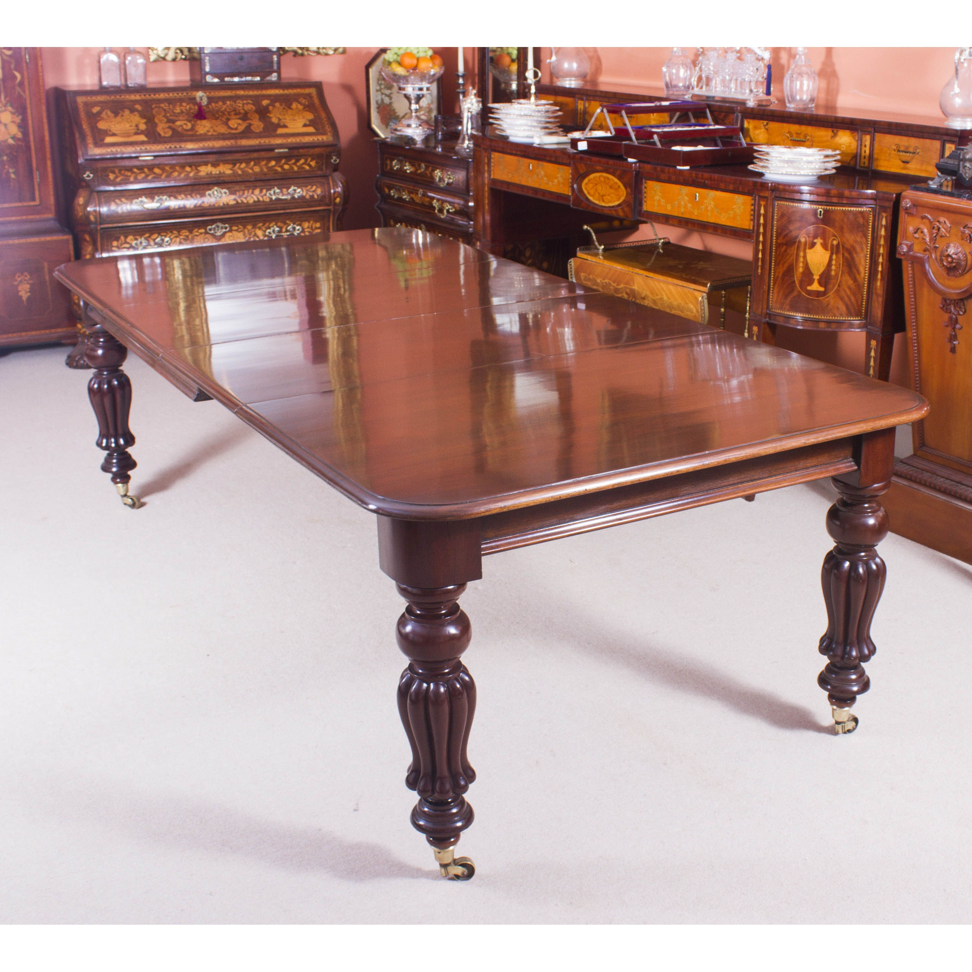 A Very Impressive Antique Victorian Extending Dining Table Circa 1860