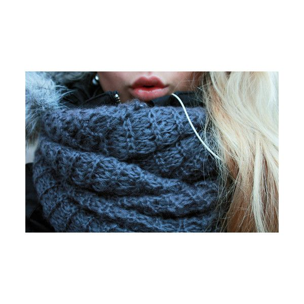 I Want This Scarf.
