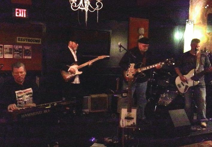 Ark River Blues Society blues jam at Rev Room lounge