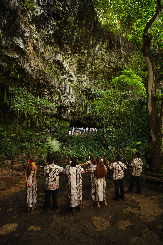 Smith\'s Fern Grotto Tour | Worldstardmc.com | Best Kauai Tours ...