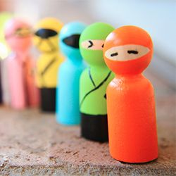 Quick and easy tutorial for making your own ninja dudes. Great craft for kids, too!