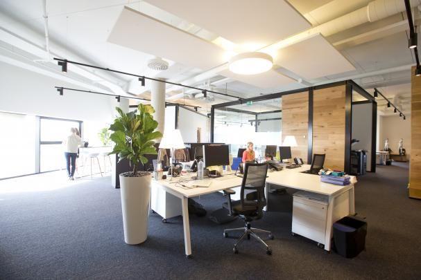 Kantoorinrichting Van Hypernuit : Pin van pami workspace designers op pami projects jbc