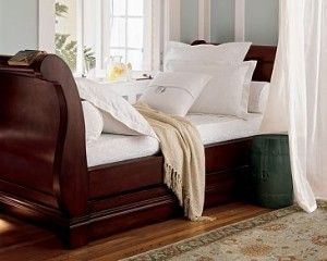 The Pottery Barn Anna Daybed In Espresso It Had A Trundle Or