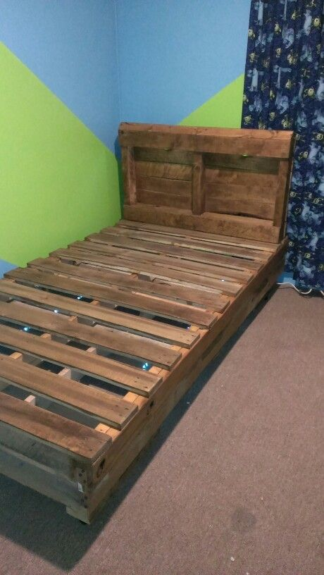 Diy Pallet Bed Instructions Diy Twin Pallet Bed Pallet Bed Diy Diy