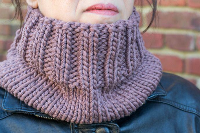 Col Snood tricot fait main marron glacé   Echarpe, foulard, cravate par  la-maille-aux-tresors cf3a9dcd882