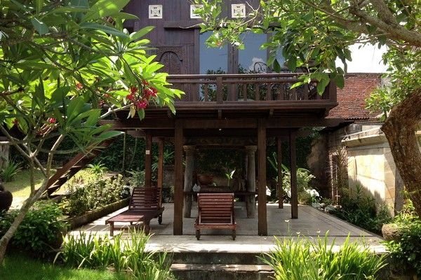 Traditional Home Villa Jimbaran Beach Bali separated Lumbung-style guest house