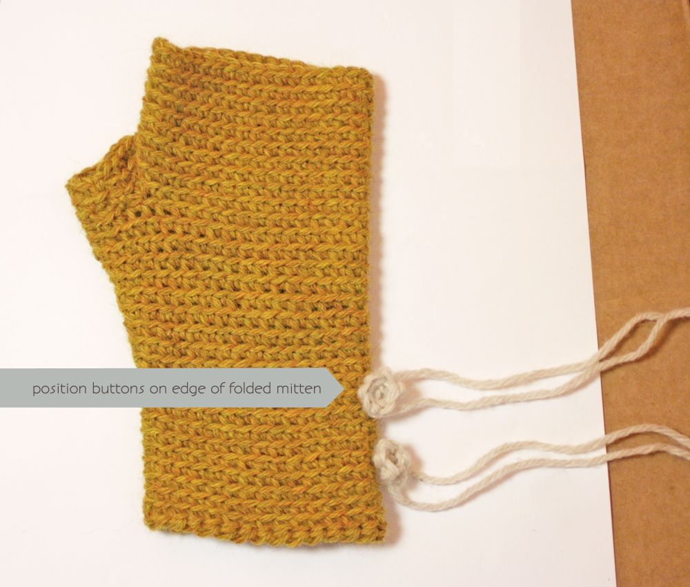 07-fingerlessMitts