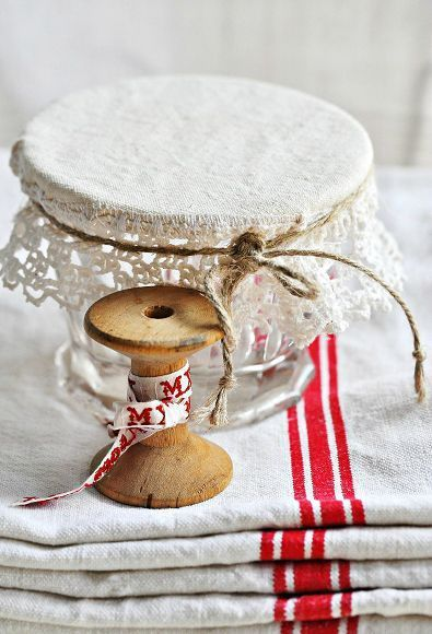 Such a pretty vignette, love the red & white cup towels & and the tatted lace jelly jar cover~❥