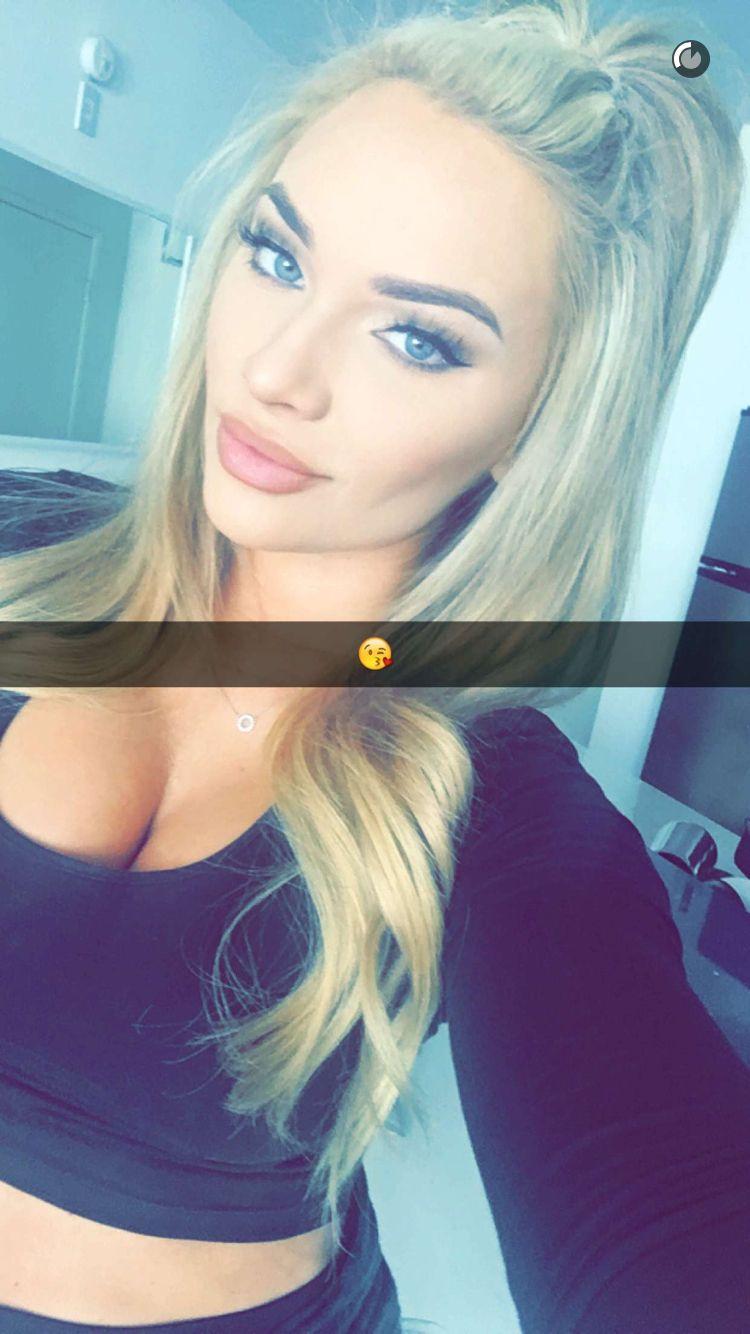 Selfie Tara Booher nude (41 images), Boobs