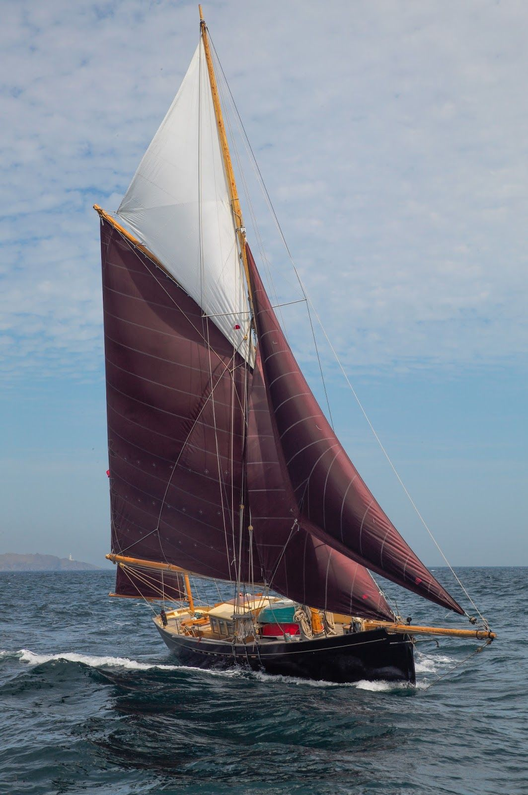 Butler & Co, traditional wooden boat builders. Cornwall England 'bonaventure of salcombe ...