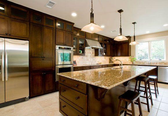 Una cocina con espacio para todo soluciones decoestilo for Cocinas modernas con isla central