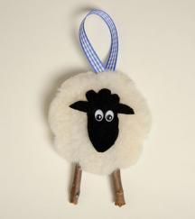 Sheep ornaments if you put horns on it can it be a for Sheep christmas ornament craft