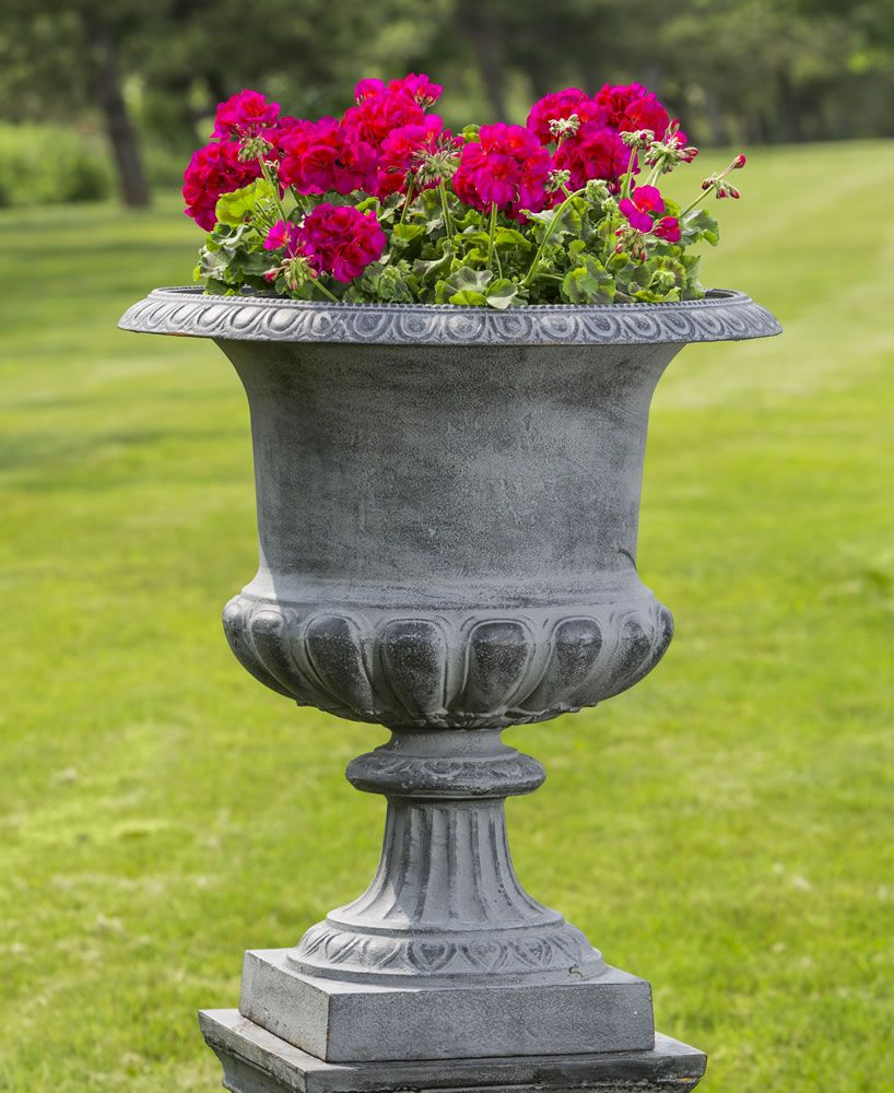 Beautiful Estate Iron Garden Urn: The Barnsley Iron Urn