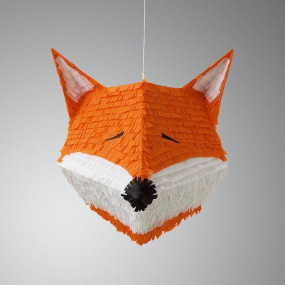 fiona the fox pinata fuchs sehen und geburtstagsfeiern. Black Bedroom Furniture Sets. Home Design Ideas