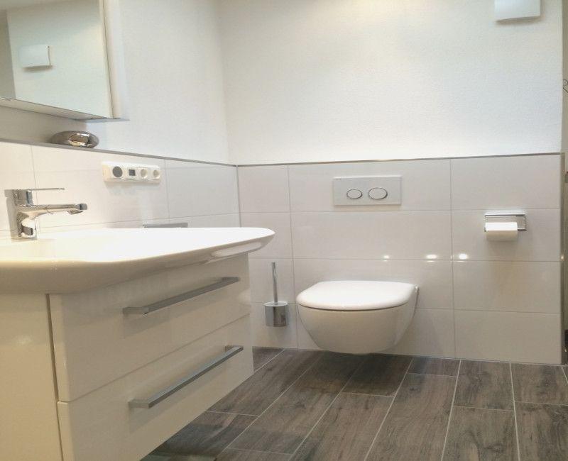 Badezimmer Nur Teilweise Fliesen Des Images In 2020 Bathroom