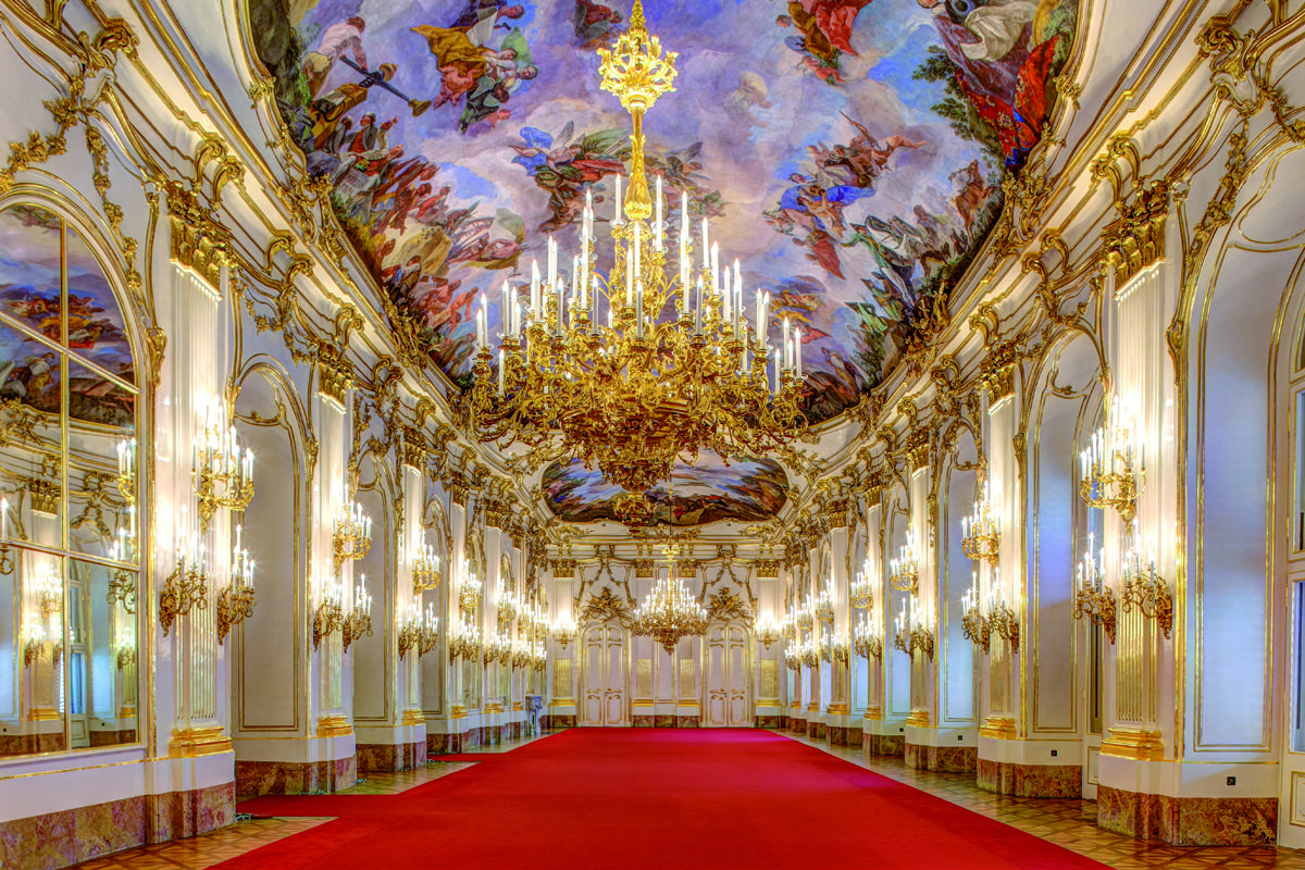 Schonbrunn Palace Great Gallery Http Www Schoenbrunn At En Plan Your Visit Opening Hours Html Schloss Schonbrunn Schonbrunn Palast Interior