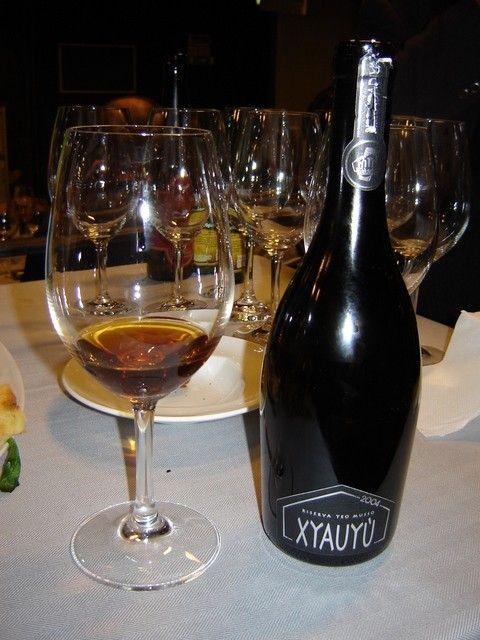 Cerveja Baladin Xyauyu Etichetta Argento, estilo Barley Wine, produzida por Le Baladin, Itália. 13.5% ABV de álcool.