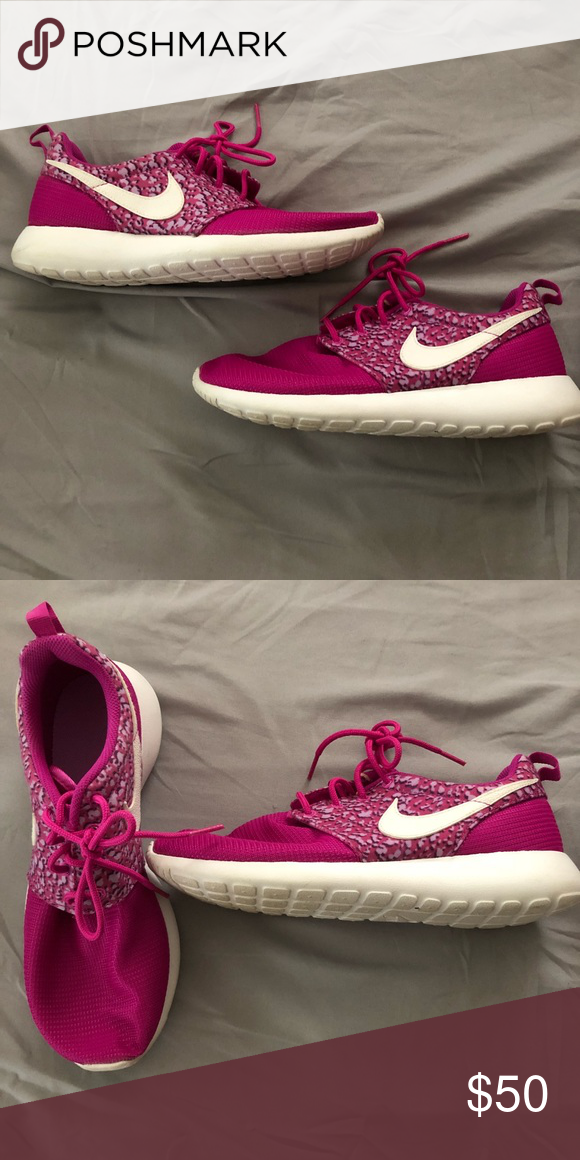 ad9bf1bf6b91 Nike Roshe Run Sneakers Pink Purple Roshe Runs sneakers with a fun design  Nike Shoes Athletic Shoes