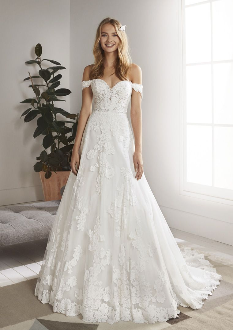 WHITE ONE BRIDAL OLIOLA PRONOVIAS WEDDING DRESS LACE OFF THE SHOULDER A LINE GOWN Pronovias