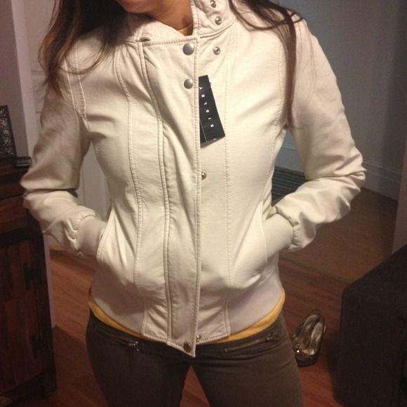 Sisley Cream Leather Jacket NWT | Cream leather jacket, Leather ...