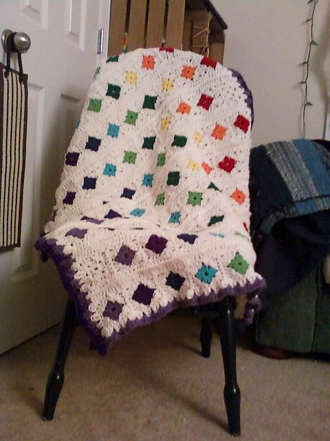 Ravelry: Paradacsa's Snowflower Afghan of Indeterminate Size.