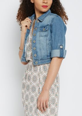 Make your next edgy fashion move in this stylish jean jacket ...