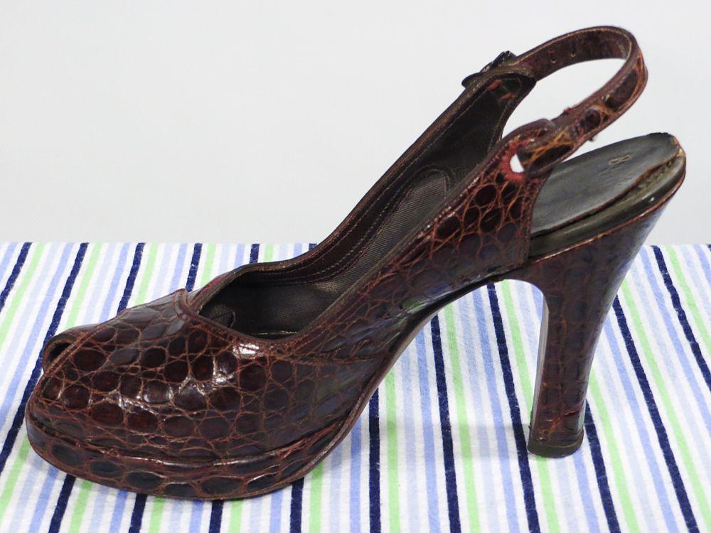 Vintage 40s 50s Brown Alligator Heels 5.5, $50.00