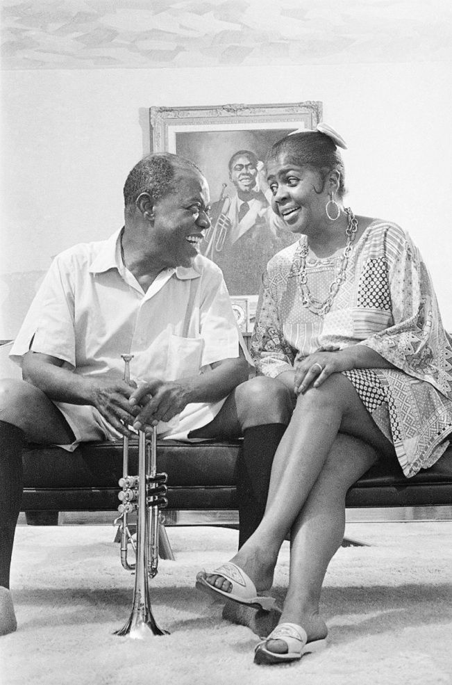 Louis and Lucille Armstrong...how cute are they!  My Dad and I loved listening to Louis Armstrong songs...and I think to myself...what a wonderful world, oh, yeah!