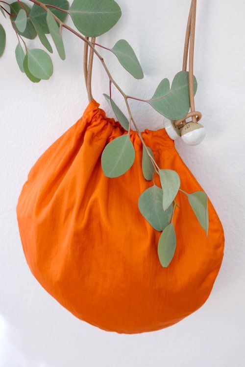 Circle tote – orange nylon