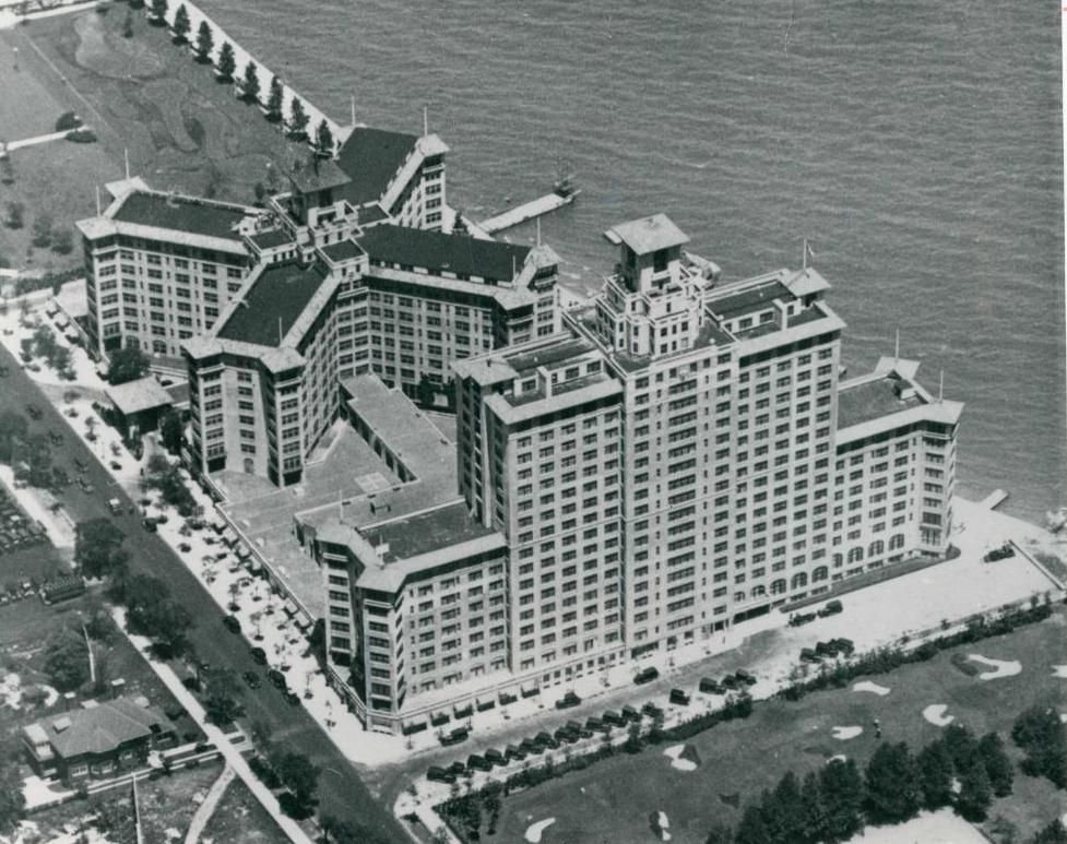 Aerial Of The Edgewater Beach Hotel In Its Heyday 1924