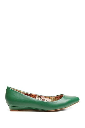 Too Sliver Flat by Two Lips on @HauteLook
