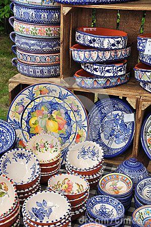 Portuguese Ceramics 25584353 Jpg 299 450 Pixels Traditional Pottery Pottery Pieces Pottery