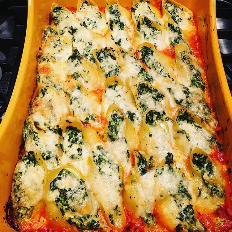Mamma Mia Rachaelrays Stuffed Shells From Everyone Is
