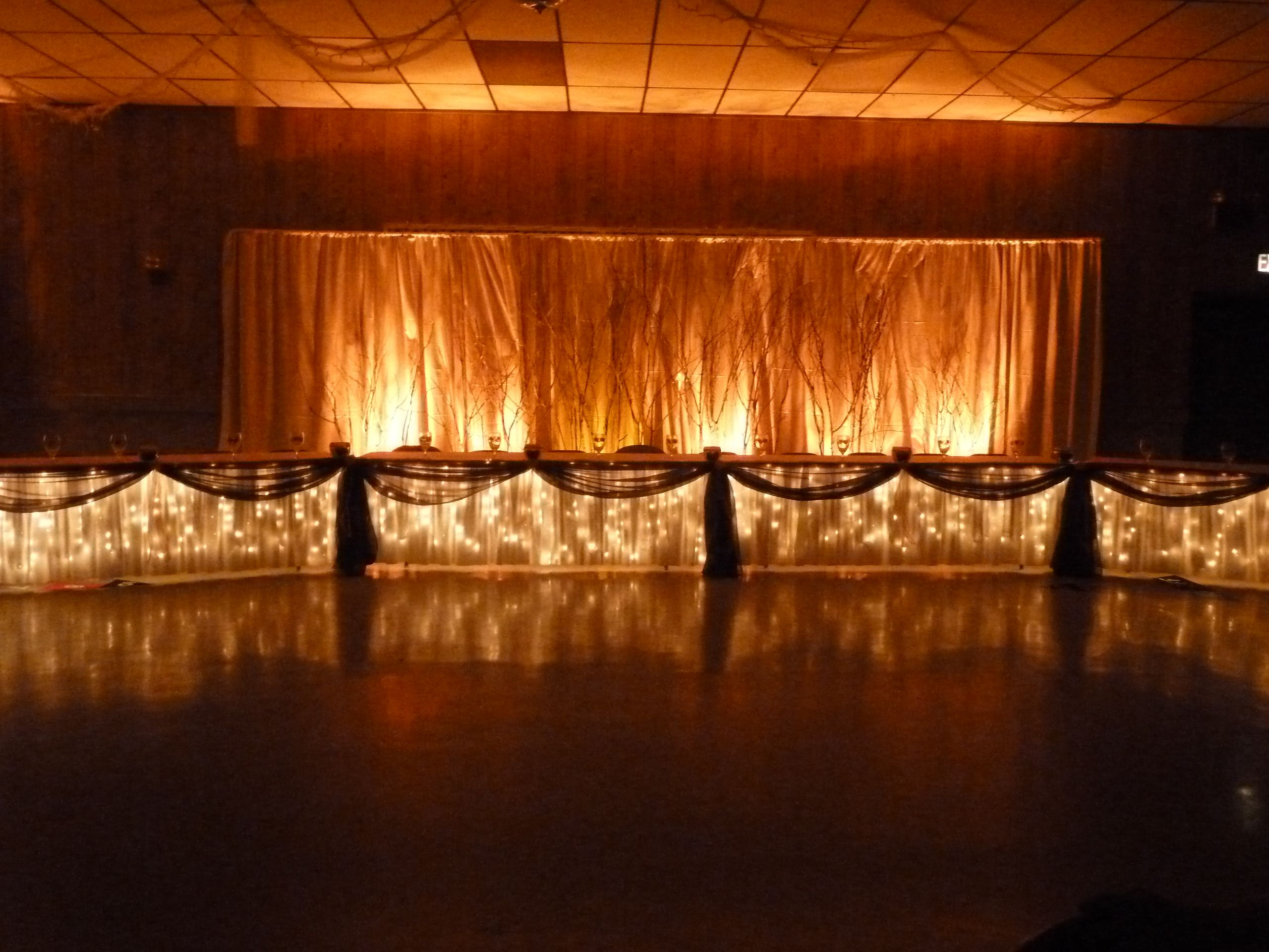 Rustic Fall Head Table Backdrop